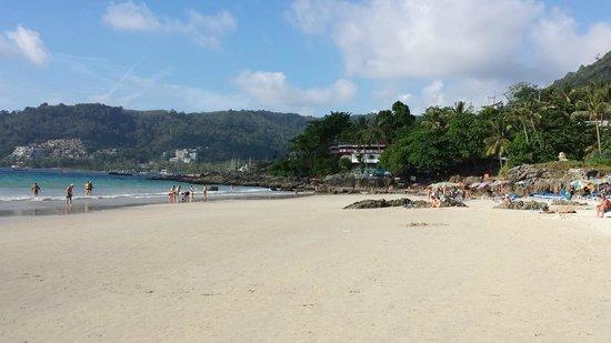 Sawaddi Patong Resort & Spa: Patong Beach (10 min walk from hotel)