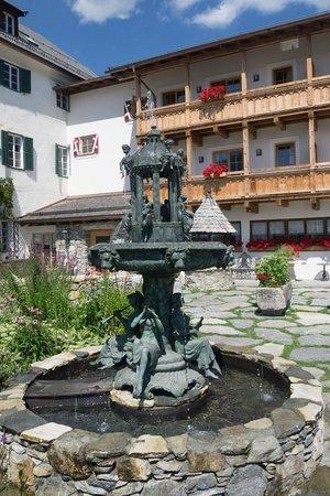 Schloss Mittersill: courtyard