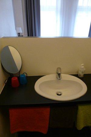 FunKey Hotel : offener Waschbereich