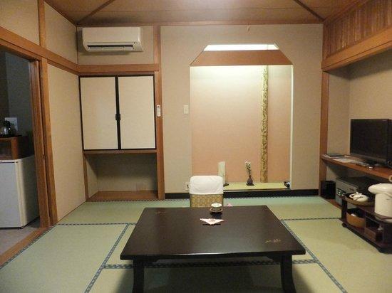 Nishikien: お部屋