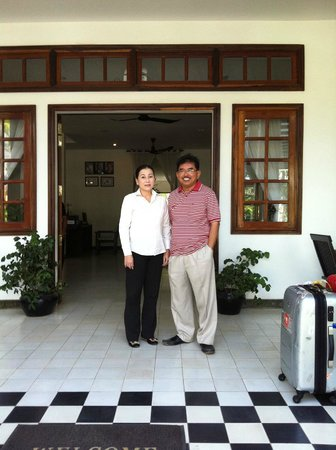 Apsara Centrepole Hotel : my photo with Ms Ly Saradin the General Manager of Apsara.