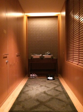 Mandarin Oriental, Tokyo: クローゼットはとても使いやすい