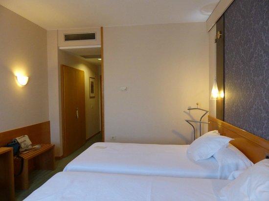 Hotel Alfonso IX: habitación
