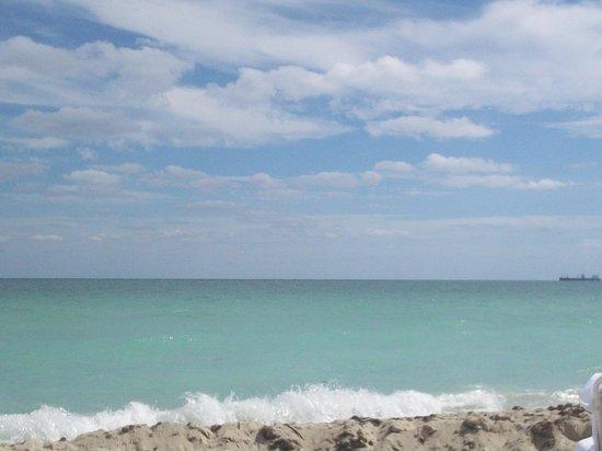 Grand Beach Hotel : beachview!
