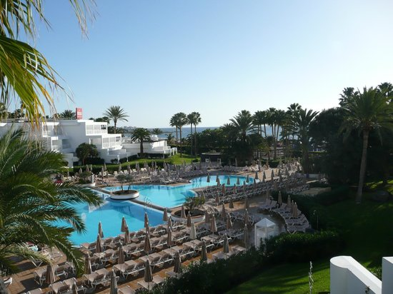 ClubHotel Riu Paraiso Lanzarote Resort: view from our bedroom