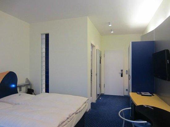 INNSIDE Bremen Hotel: Room 139