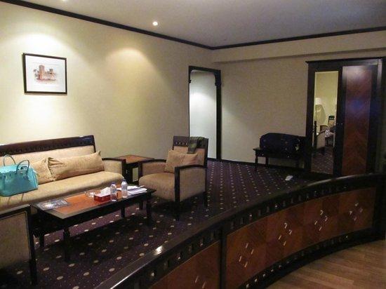 Imperial Suites Hotel: №524
