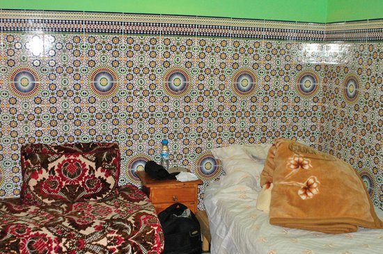 Dar Ahl Tadla : my bed and a blanket, it was very cold in December