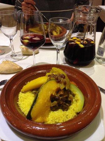 555 Wine & Tapas Restaurant: Cous cous eccellente
