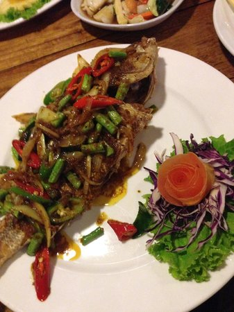 L. Maladee Restaurant : Red Curry