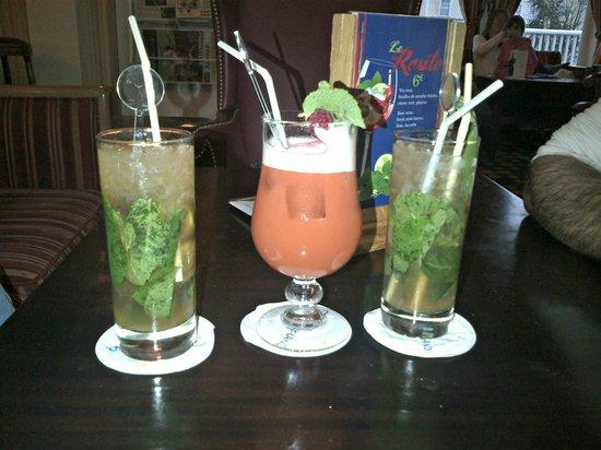 Disneyland Hotel: cocktail au bar du disneyland