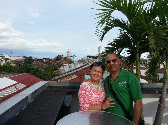 Tantalo Hotel / Kitchen / Roofbar: VISTAS DESDE LA TERRAZA