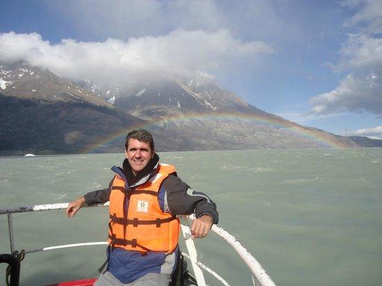 Glacier Grey : Glaciar Grey com arco-íris