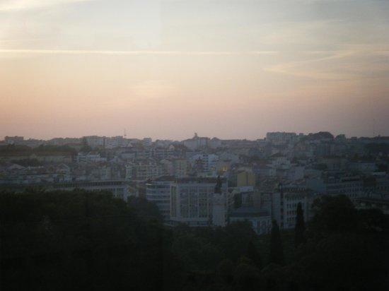 InterContinental Lisbon: Alba su Lisbona