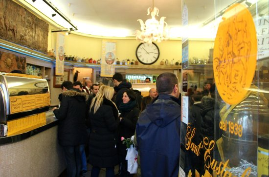 Archimede: Packed house