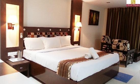 Hotel Kosala: Rooms