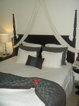 Dreams Palm Beach Punta Cana: king bed