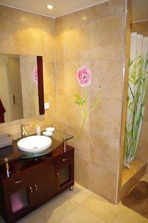 Chambres D 'Hôtes Sérénita Di Giacometti: Bathroom