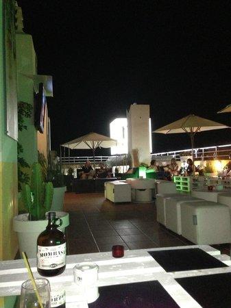 Hotel NH San Pedro de Alcántara : Rooftop bar