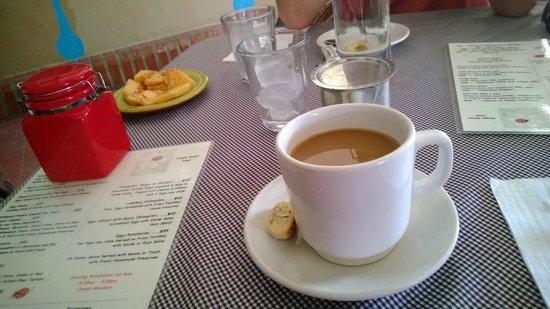 Ladybug Kitchen : Wonderful Mexican coffee with biscotti
