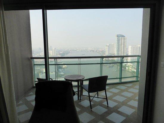 Chatrium Hotel Riverside Bangkok: Balkon