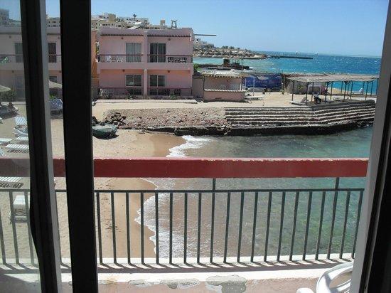 Beirut Hotel : vannuit mijn hotelkamer