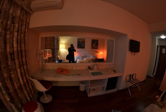 Hotel Florida: Room