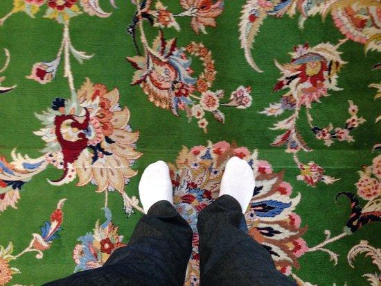 Scheich-Zayid-Moschee: Chão de tapete iraniano