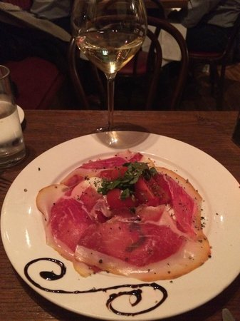 IL VICOLETTO: OUR FAV:  Caprese salad with fresh Buffalo mozzarella and prosciutto