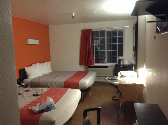 Motel 6 Los Angeles - Hollywood : Twin room