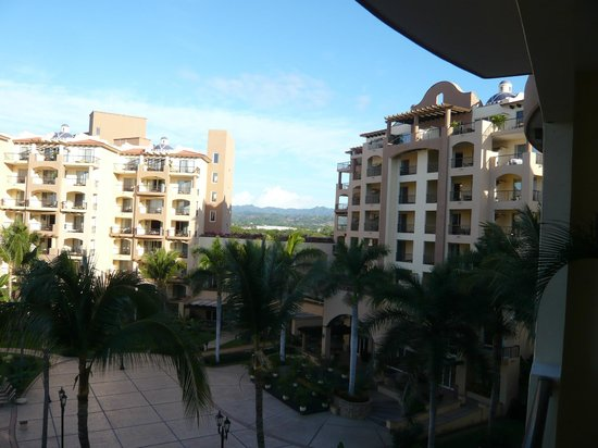 Villa del Palmar Flamingos: View from room to two buildings in the complex