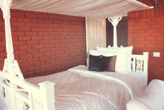 "Te Aroha Dhanachuli: The extra bedroom in ""Master Bedroom"""