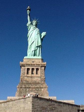 Dylan Hotel NYC: Statua della Liberta'