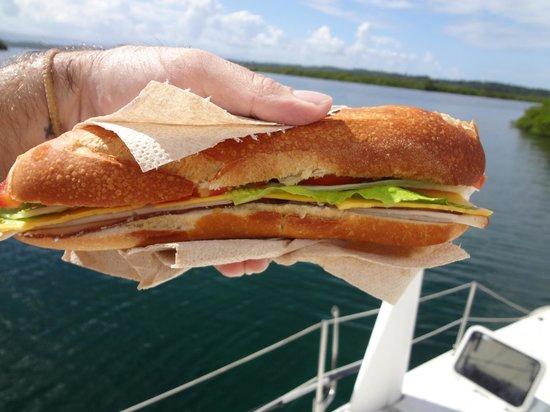 Bocas Sailing: good sandwich!