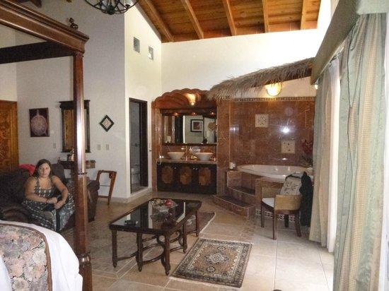 La Buena Vibra Retreat & Spa: Master Suite