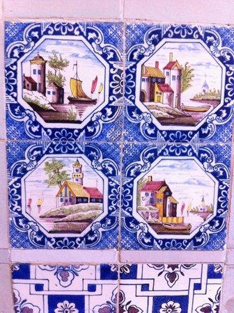 Couven Museum: Fantastically detailed tiles 2