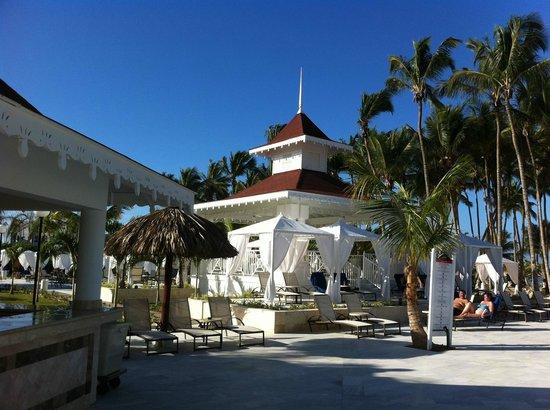 Luxury Bahia Principe Bouganville Don Pablo Collection : Autour de la piscine