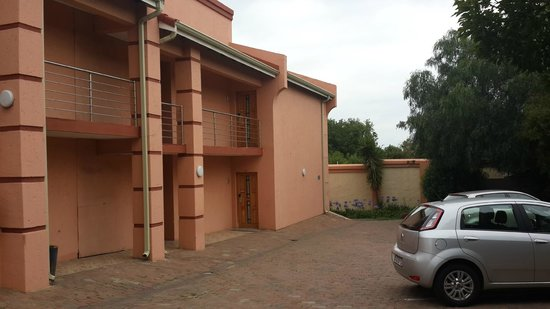 Eagles Nest Lodge & Conference centre: The room I stayed in
