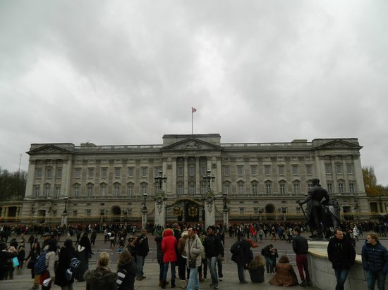 Buckingham Palace: Backingham Palace