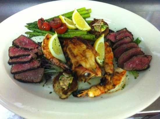 The Chophouse: Lobster, Crab,Steak and Shrimp