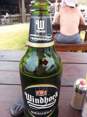 Die Walskipper: N lekker yskoue bier!  This was the highlight of my day having been served on the beach with gre