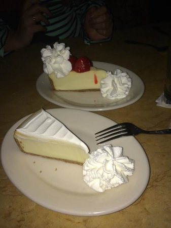 The Cheesecake Factory: Cheesecakes