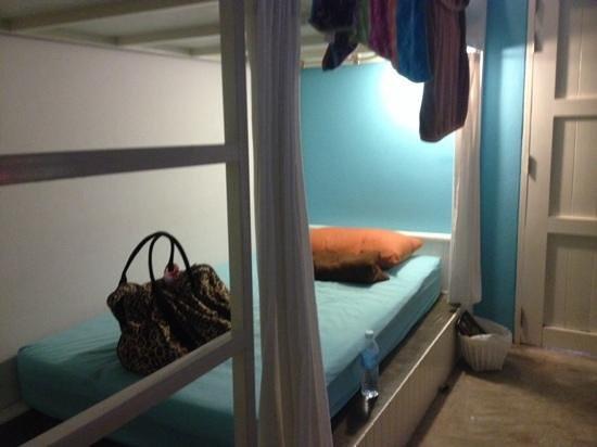 Glur Hostel : comfortable bunks