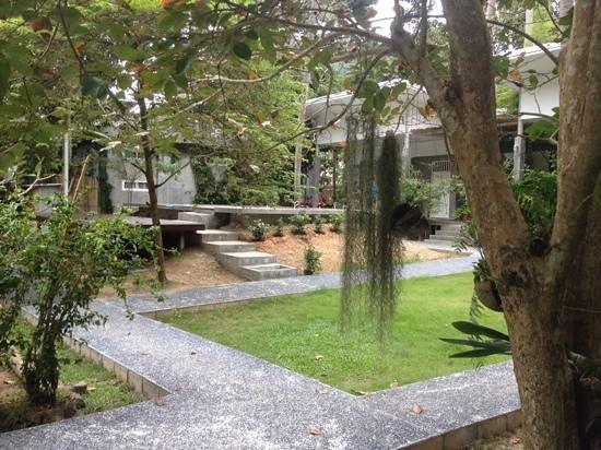 Glur Hostel : pretty and quiet