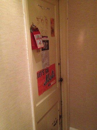 Washington Jefferson Hotel: WJ Resident Door...Odd, Odd, Odd!