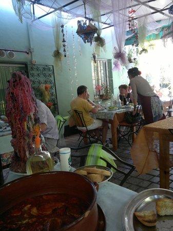 Trattoria Maria: i tavoli esterni