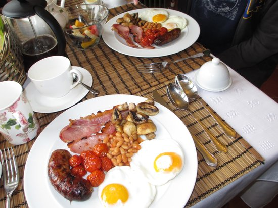 Stonepits Farm Bed and Breakfast: great breakfast options