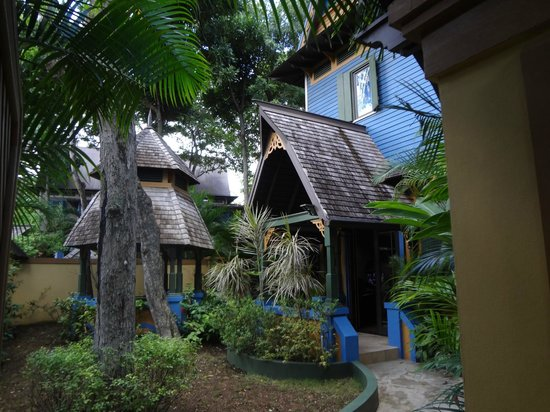 Hermosa Cove - Jamaica's Villa Hotel : My Coconut Suite