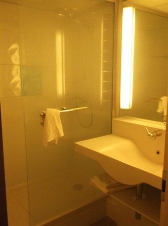 Novotel Brugge Centrum: toilet