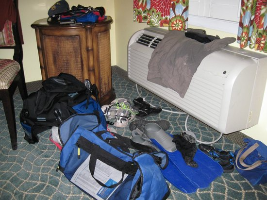 Sunshine Suites Resort: Diving equipment drying